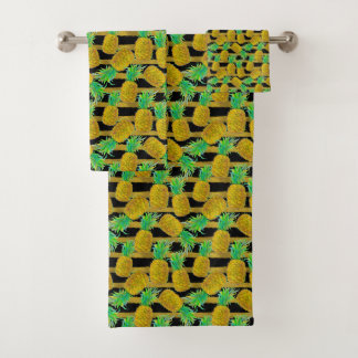Golden Pineapples On Stripes Bath Towel Set