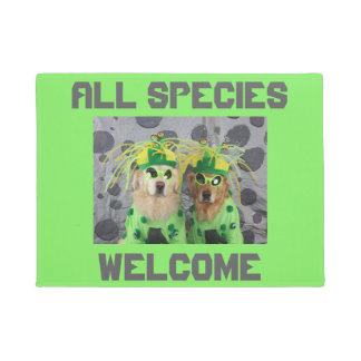 Golden Retriever Aliens Welcome All Species Doormat