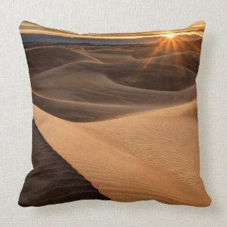 Golden Sand dunes, Death Valley, CA Throw Pillow