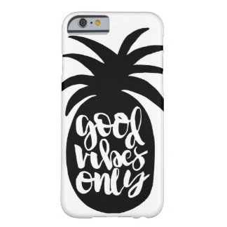 """""""Good Vibes Only"""" Pineapple Phone Case"""