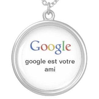 google round pendant necklace