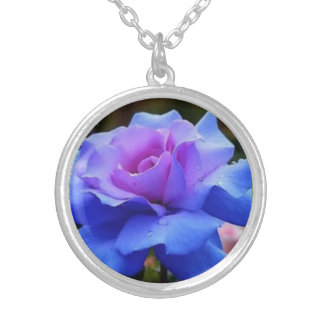 GORGEOUS BLUE COLORED ROSE IN SILVER SILVER PLATED NECKLACE