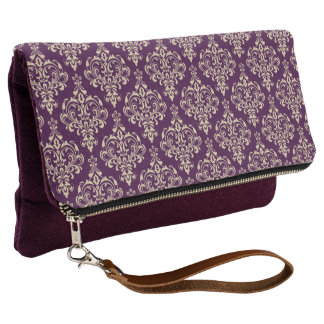 Gorgeous Elegant Eggplant Purple Damask Pattern Clutch