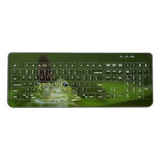 Gorgeous green water frog and butterfly in pond wireless keyboard