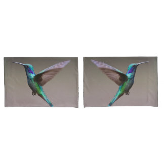 Gorgeous hummingbird in flight pillowcase