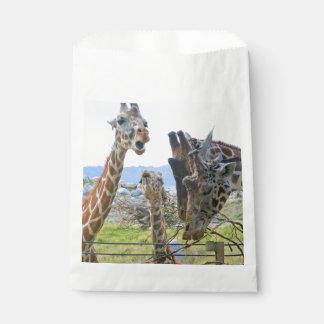 Gossiping Giraffes Favour Bags
