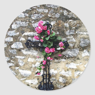 Gothic cemetery cross with flowers classic round sticker
