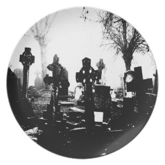 Gothic Cemetery Graveyard Party Plates