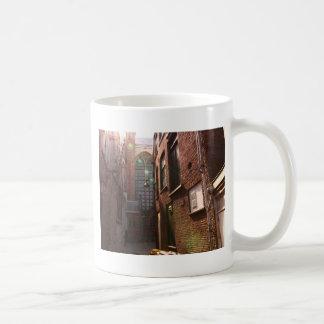 Gouda Classic White Coffee Mug