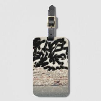 graffiti bag tag