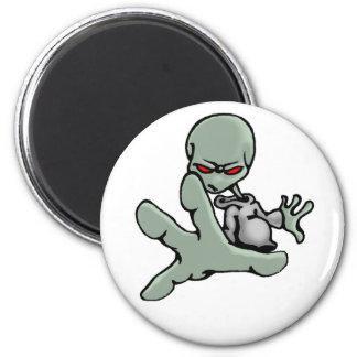 Graffiti Grey Alien - Magnet