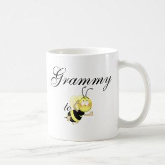 Grammy 2 be coffee mug