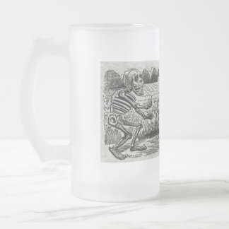 Grand electric skull frosted glass beer mug