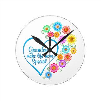 Grandma Special Heart Round Clock