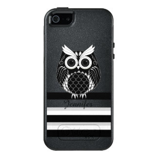 Graphic owl with name on striped background OtterBox iPhone 5/5s/SE case