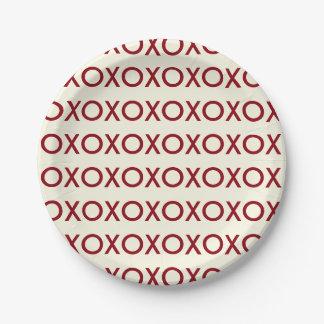 GRAPHIC VALENTINE'S DAY XOXO PAPER PLATE