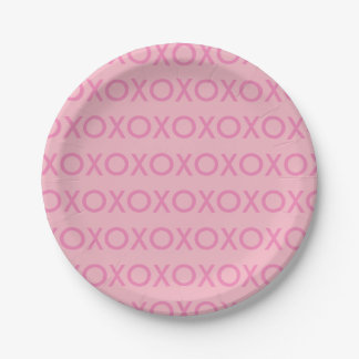 GRAPHIC VALENTINE'S DAY XOXO PINK PAPER PLATE