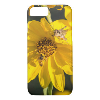 Grasshopper and Bee iPhone 7 Case