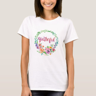 Grateful watercolor design with flowers in wreath T-Shirt