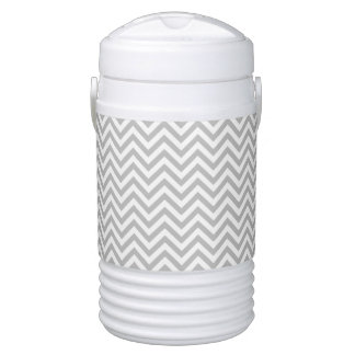 Gray and White Zigzag Stripes Chevron Pattern Drinks Cooler