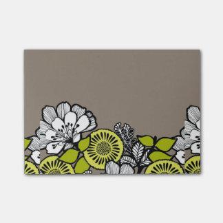 Gray Flowers PostIt Notes