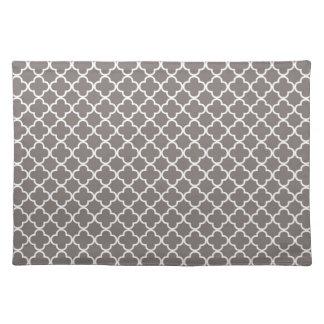 Gray Quatrefoil Clover Pattern Placemat