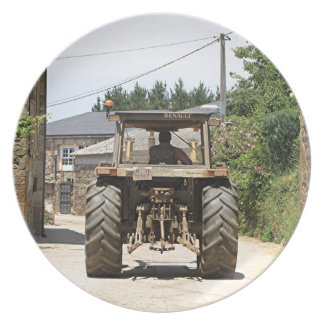Gray Tractor on El Camino, Spain Plate