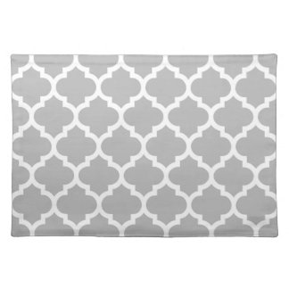 Gray White Moroccan Quatrefoil Pattern #5 Placemat