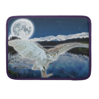 Great Horned Owl & Moon Wildlife MacBook Sleeve MacBook Pro Sleeve