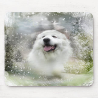 Great Pyrenees Winter Scene - Mousepad