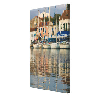 GREECE, Ionian Islands, KEFALONIA, Fiskardo: Canvas Print