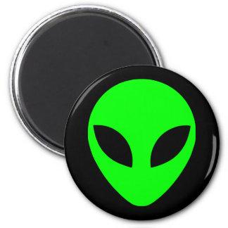 Green Alien Head 2 Inch Round Magnet
