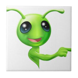 Green Alien Pointing Tile