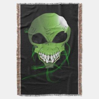 Green alien Throw Blanket