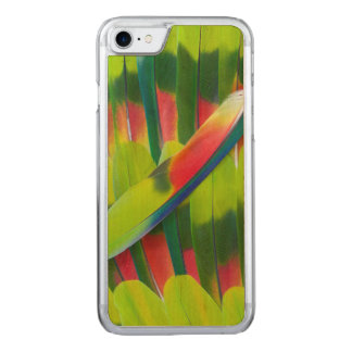 Green amazon parrot feathers carved iPhone 8/7 case