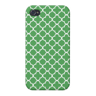 Green and White Quatrefoil Patterns Cover For iPhone 4