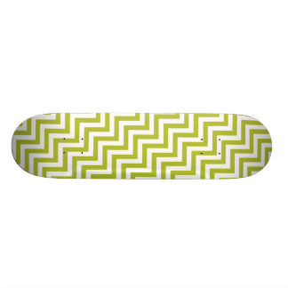 Green and White Zigzag Stripes Chevron Pattern Skateboard Deck