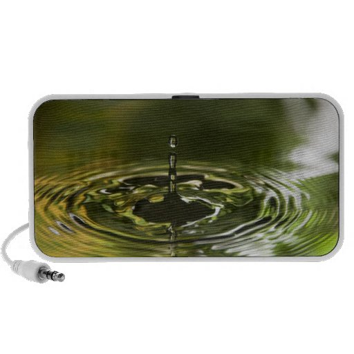 Green and Yellow Water Droplet (4) Speaker