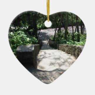 GREEN BOSPHORUS CERAMIC HEART ORNAMENT