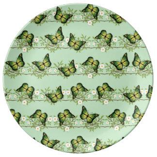 Green butterflies pattern plate