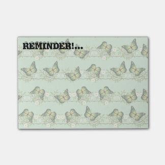 Green butterflies pattern post-it notes