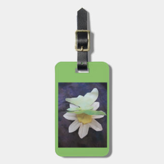 green butterfly on daisy luggage tag