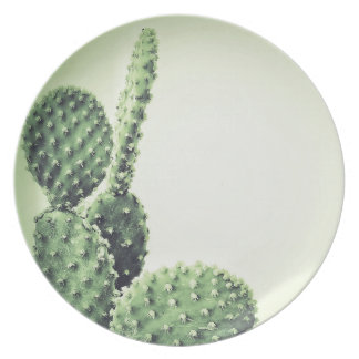 Green cactus dinner plate