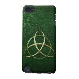 Green Celtic Trinity Knot iPod Touch (5th Generation) Cases