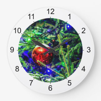 Green Christmas Tree Red Ball Clock