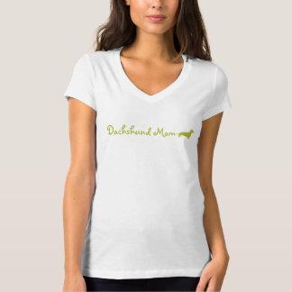 Green Dachshund Mom T Shirt