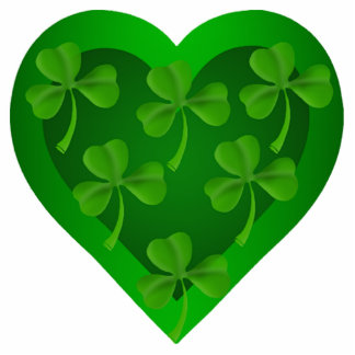 Green Heart with Shamrocks Pin Photo Sculpture Button