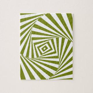 green illusion puzzle
