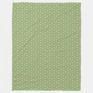 Green Ivy Leaf Caleidoscopic Geometric Blanket