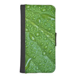 GREEN LEAF DROPS PHONE WALLET CASE
